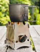 Emberlit stove with GI cup boiling water