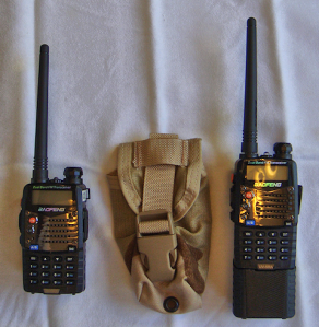 UV-5RA with regular/standard battery (L) and the option 3800mAh (R).