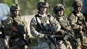FBI-SWAT-002