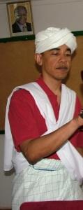 Obama in traditional Kenyan Islamic Clothing